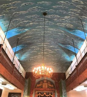 Sky-painted ceiling at Chevra Anshei Lubawich of Borough Park