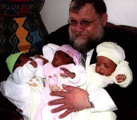 Rabbi Martin Katz with JOL triplets.