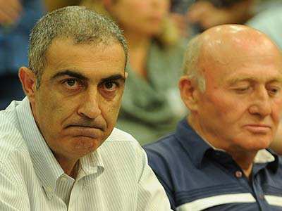 Strauss Israel CEO Zion Balas (left), appearing before the Knesset Economic Affairs Committee.