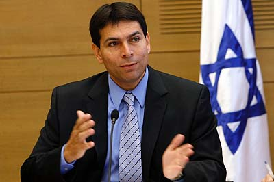 Knesset Deputy Speaker Danny Danon wants to ban ads with underweight models.