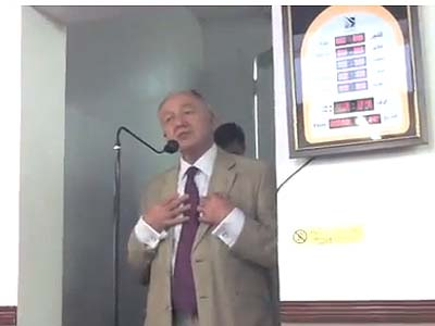 Former Mayor of London Ken Livingstone speaking at Finsbury Park Mosque.