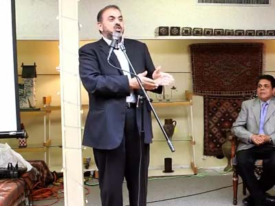 Lord Nazir Ahmed offered £10 million for the capture of President Obama.