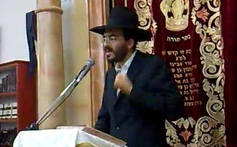 Rabbi Pinchas Abuhatssira's estimated wealth is NIS 1,300,000,000 ($334,947,000)