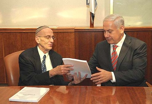 Prime minister Benjamin Netanyahu receives the report on the legal status of Jewish construction in Judea and Samaria from judge Edmond Levy. July 9 2012.