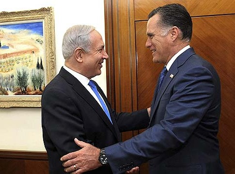 Israel's Prime Minister Benjamin Netanyahu (L) obviously has a better relationship with Republican presidential candidate Mitt Romney. Now the campaign is upping the ante on pursuing the Jewish vote.