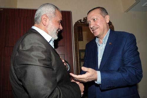Hamas leader Ismail Haniyeh (L) and Turkish Prime Minister Rajab Tayyip Erdoğan (R).