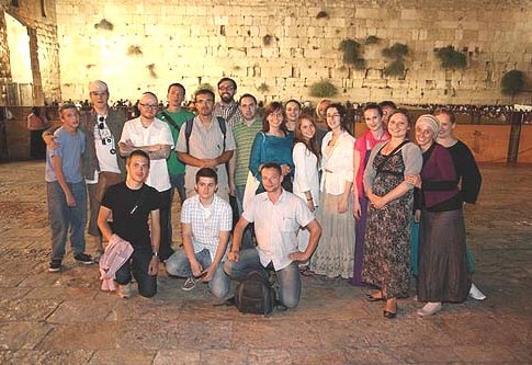 The visiting Polish Jews at the Kotel on Monday.