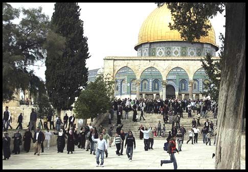 Clashes on Temple Mount, March 5, 2010.
