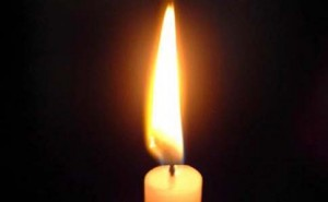 In memoriam. Candle_web
