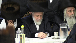 (L-R) The chassan; the Liska Rebbe; the Hivnover Rav. (Credit: Shmuel Lenchevsky)