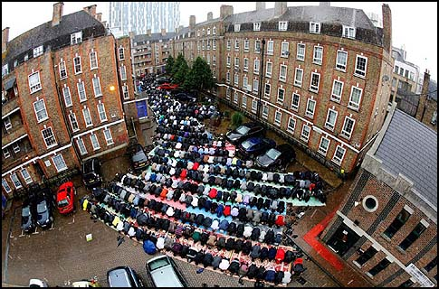 PRAY-LONDON-FITR-BP