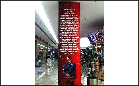 Hitler's poster in an Istanbul mall.