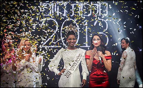 Yityish Aynaw, a 21 year old Ethiopian, won Israel's 2013 national beauty pageant.