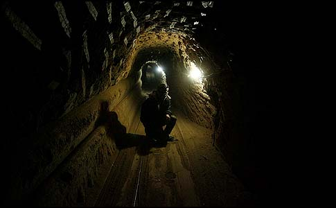 The Egyptian Army has been flooding with sewer water the Gaza smuggling tunnels.