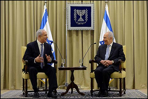 President Shimon Peres granted Prime Minister Benjamin Netanyahu two more weeks to form Israel's next government, March 2, 2013.