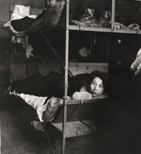 Nettie Stub (1938) photograph by Roman Vishniac	.  © Mara Vishniac Kohn. Courtesy International Center of Photography.