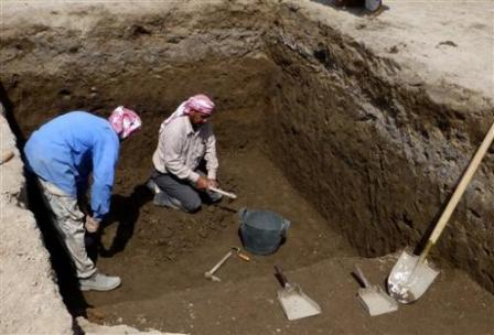Excavation in progress at Tell Khaiber, Iraq