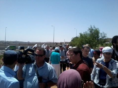 Protest at Beitar junction, near Efrat.