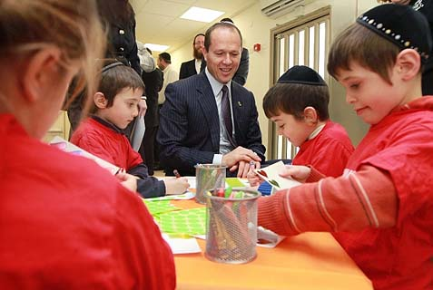 Jerusalem Mayor Nir Barkat with Special Ed children at Sulam, special educational center.