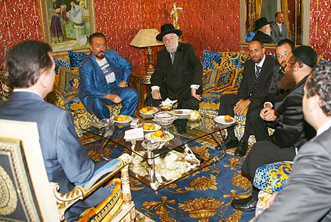 Rabbi Lau (center) in a 2011 meeting in Istanbul, Turkey, between Muslim and Jewish clergy. Only Israeli and Iranian men of the cloth can veer both nations away from mutual destruction.