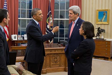The team that breathed new life into the declining Islamic Revolution: President Barack Obama talking with Secretary of State John Kerry and National Security Advisor Susan E. Rice, with Phil Gordon, White House Coordinator for the Middle East, North Africa, and the Gulf Region, left, looking on.