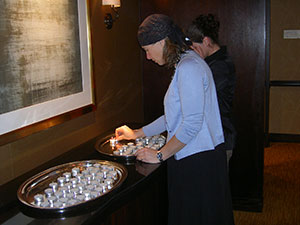 Yankovitch-030714-Houston_Candles