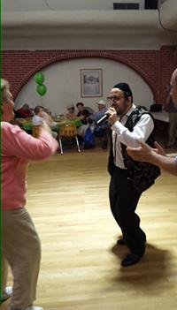 Eller-052915-Lipa-dancing