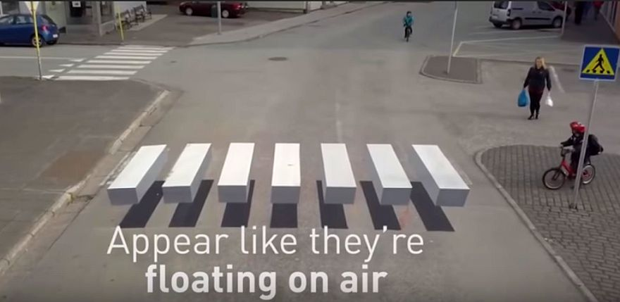 Watch: Ashkelon Pedestrians 'Walk on Air' to Cross the Street | The