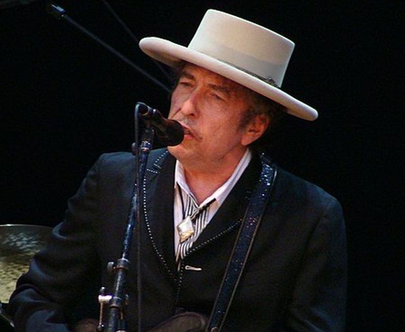 Bob Dylan sells his entire catalogue to Universal Music