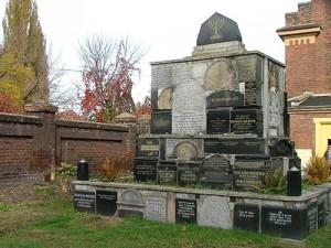 Astaire-021916-Tombstones