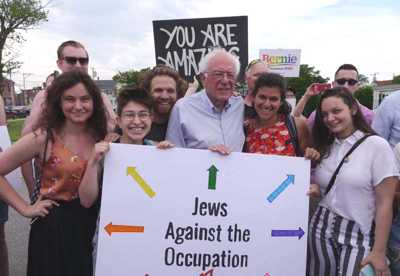 Alexandria Ocasio-Cortez to endorse Bernie Sanders for president, sources say