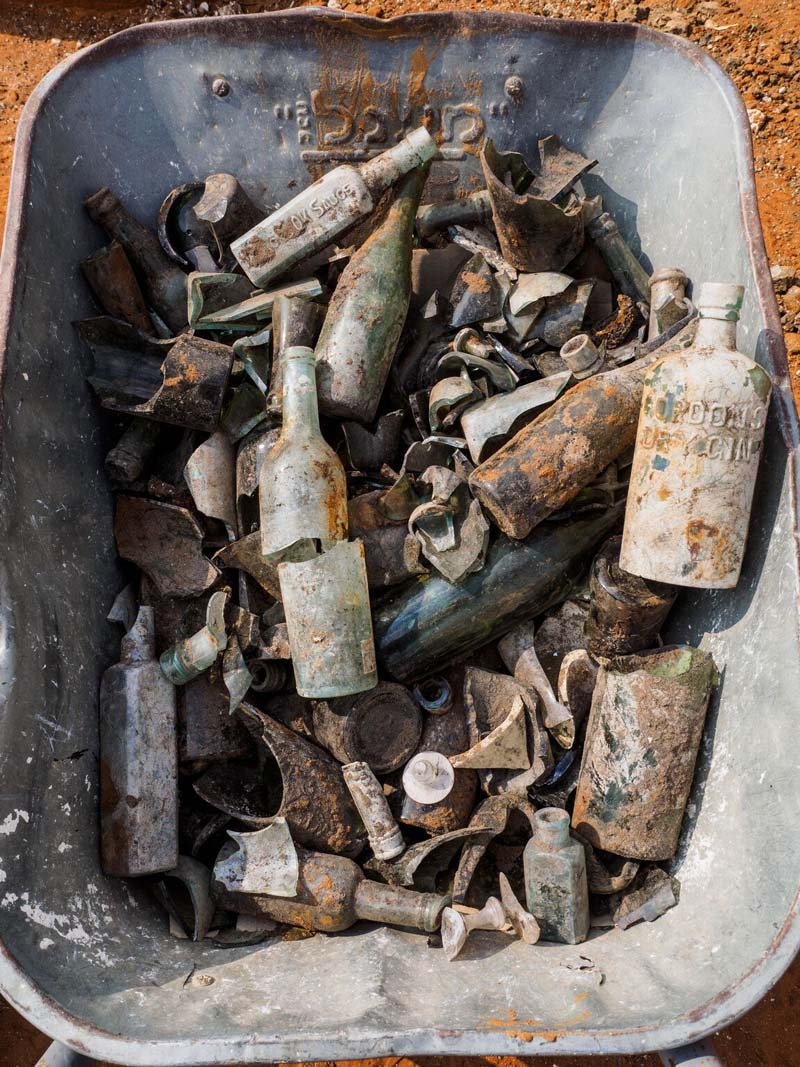 Bottles and other artifacts discovered in the refuse pit. Photo credit: Assaf Peretz, courtesy of Israel Antiquities Authority.