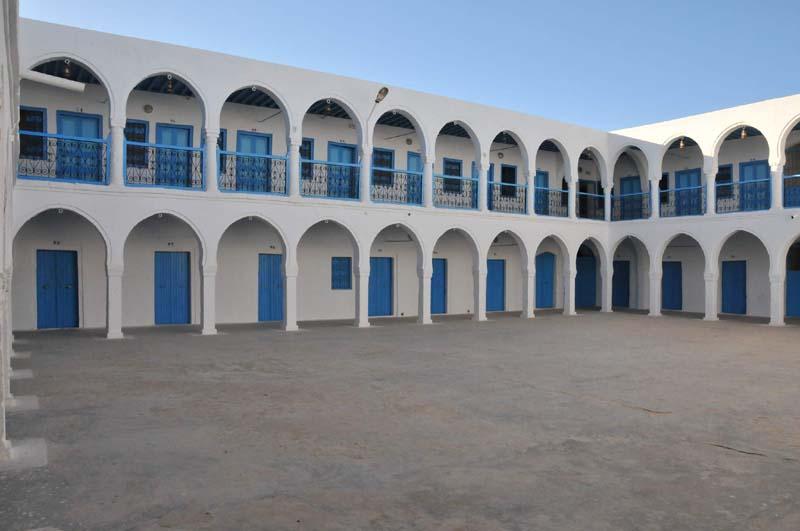 Court yard of El Ghriba synagogue in Djerba / Photo credit: Citizen59 via Flickr
