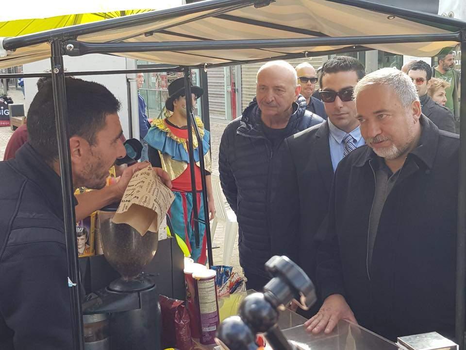 Haredi Parties, Liberman, on Coalition Toppling War Path over Shabbat Laws