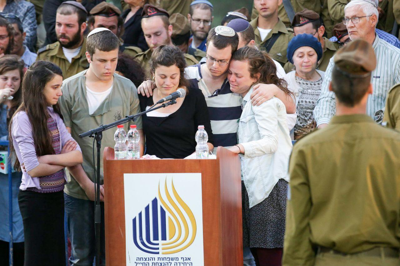 Elhai Teharlev Funeral 4