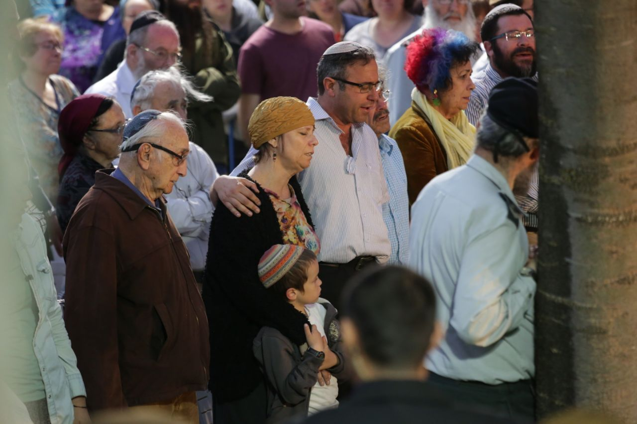 Elhai Teharlev Funeral 6