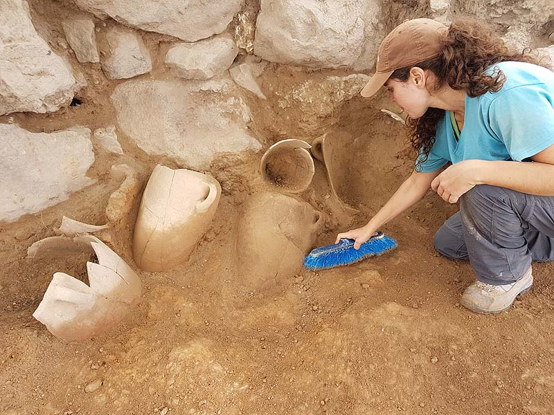 [Image: Excavation-of-Khirbet-a-Ra%E2%80%98i-%E2...Ziklag.jpg]