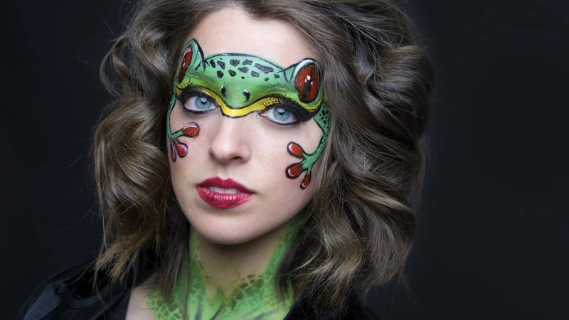 2) Frogs - The 10 Plagues in Face Art