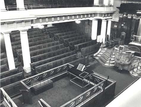 Golders Green Synagogue interior