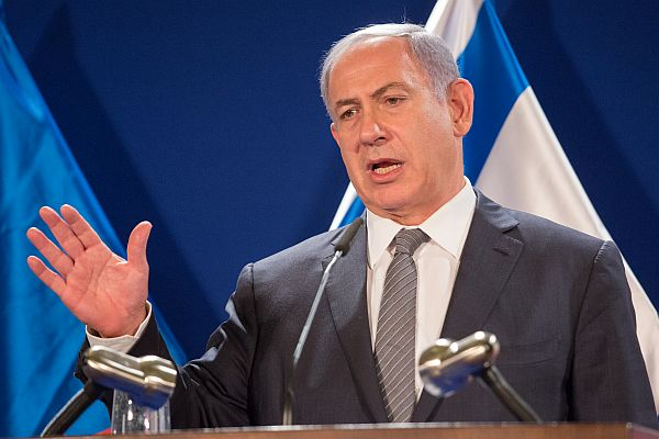 42% of Israelis agree with Netanyahu that media is against him