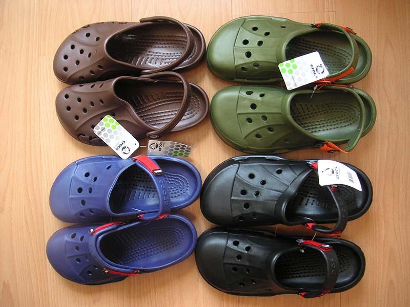 a4b5cbadf Crocs Or Socks  A Halachic Analysis Of Yom Kippur Footwear