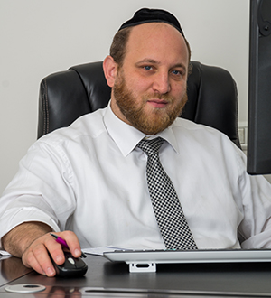 Rabbi Paysach Freedman  CEO of Chaim V'Chessed