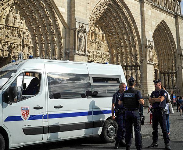 Paris Hammer Attack Suspect Said 'This Is for Syria' While Striking Officer