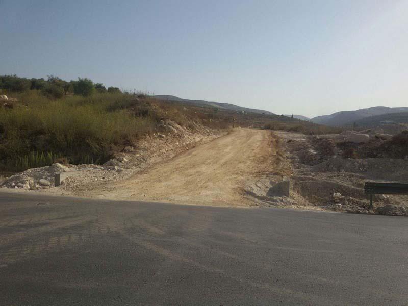 PA paving illegal highway near Sebastia in Samaria / Photo credit: Regavim