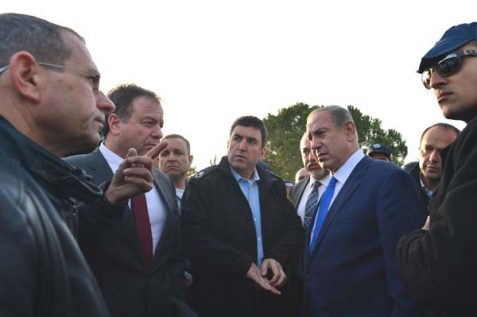 PM Netanyahu & DM Liberman at terrorist attack site