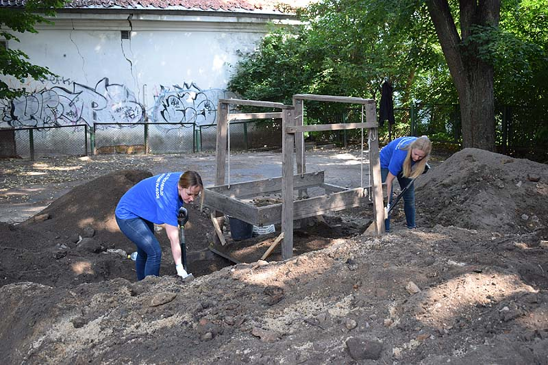 Ritual Baths exposed in Vilna's Great Synagogue / Photo credit: Jon Seligman courtesy of the Israel Antiquities Authority