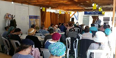 David Nativ teaching Ezra and Nechemia
