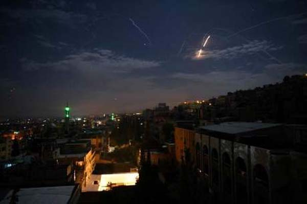 Netanyahu threatens war as rockets fall on southern Israel from Gaza