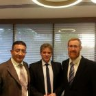 Mendi Safadi (left) and MK Yehuda Glick (right) meet with Syrian Opposition leader