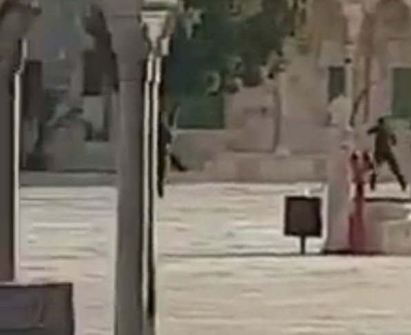 Jordanians enraged by Israel's closure of Temple Mount in response to terror